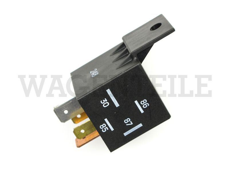 069 555 23A B Batterietrennrelais 12V 60A mit Sperrdiode, 4 Kontakte (mit verwenden 2x NO  017 476 4)